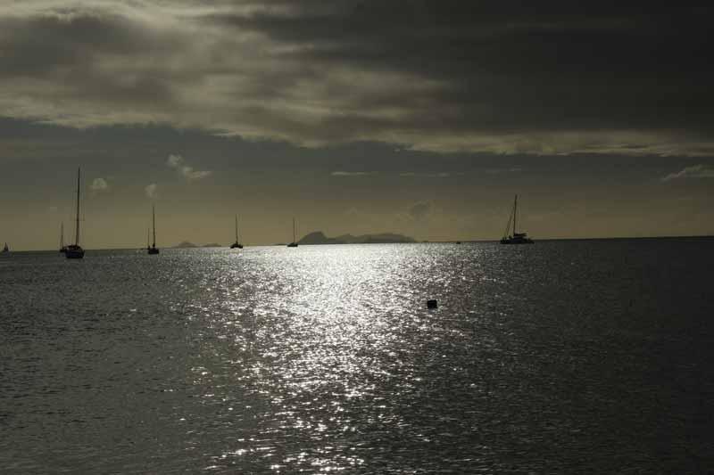 La Guadalupa vista da Marie Galante